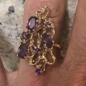 Unique 14 Karat yellow gold natural amethyst ring